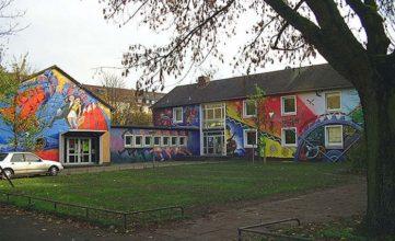 Haus der Jugend, Lacombletstraße 10, 1999